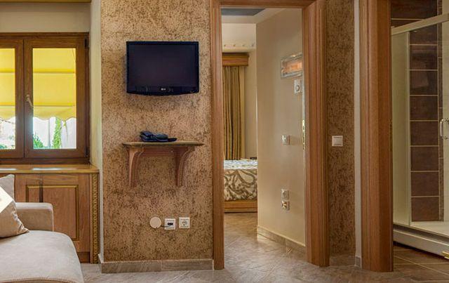 Potidea Palace Hotel - deluxe family room